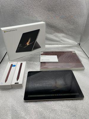 Microsoft Surface GO-64GB-Windows 10 Bundle #29092-1 for Sale in Chandler, AZ