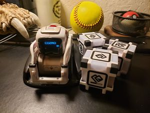 Anki Cosmo Smart Robot Toy for Sale in San Jose, CA