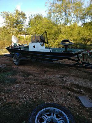 Aluminum flat bottom boat for Sale in San Antonio, TX