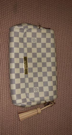 Louis Vuitton favorite MM Damier azur for Sale in Highland, CA