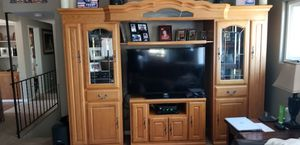Oak entertainment center. for Sale in Lakeside, CA