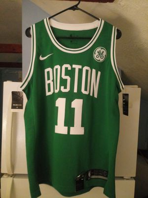 Womens 2xL. Brand New Boston Celtics Jersey # 11 Irving for Sale in Winter Hill, MA