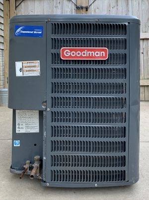 2 tons central air conditioner for Sale in Brook Park, OH
