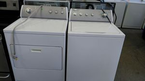 """Whirlpool """"washer/dryer"""" set (white & grey) for Sale in Cleveland, OH"""