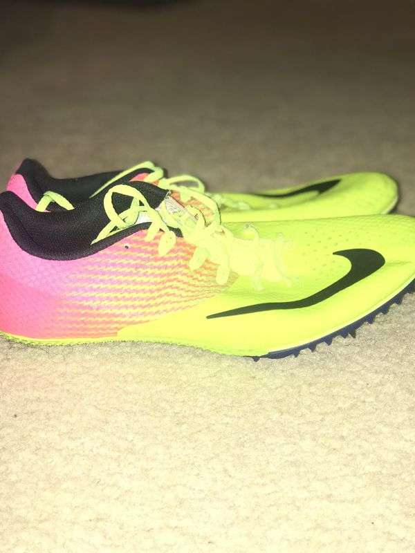 Track spikes (sprinters)