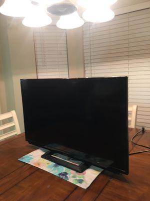 32 Inch Sharp Tv for Sale in Cedar Hill, TX