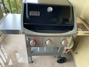 Weber propane grill spirit ii e 310 nee never used with cover and propane tank for Sale in Huntington Beach, CA