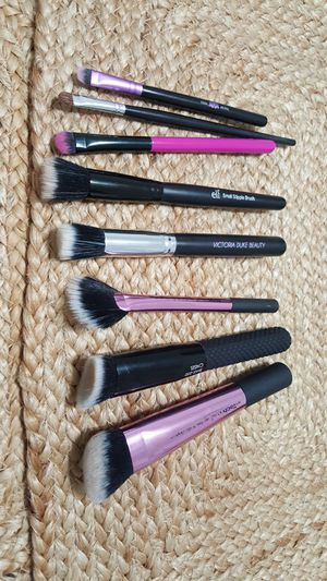MAKEUP BRUSHES BUNDLE for Sale in Hollywood, FL
