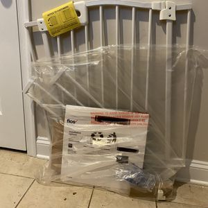Baby Gate! Great For Pets As Well for Sale in Rockville, MD