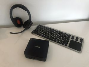ASUS Chromebox CN60 - Mini Chrome OS Computer with wireless mouse, keyboard and headset for Sale in Miami, FL