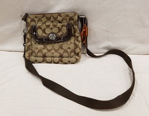 Coach crossover bag for Sale in Saint Robert, MO