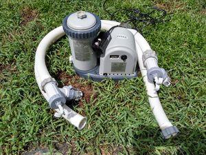 Intex 635T pool pump/filter & accessories for Sale in Alafaya, FL