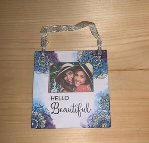 hanging picture frame or magnetic picture frame! for Sale in Ronkonkoma, NY