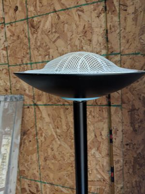 Black floor lamp really good condition for Sale in Mount Vernon, WA