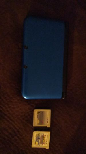 Nintendo 3ds comes with 2 games for Sale in Albuquerque, NM