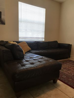 Leather sectional for Sale in Pinecrest, FL