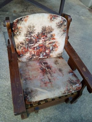 Antique Wood chair for Sale in Marietta, GA