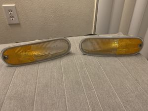 Vw New beetle turn signal lights for Sale in Orlando, FL