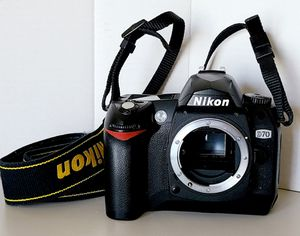 Nikon digital SLR camera Body Only with battery and charger D70 for Sale in Chino Hills, CA