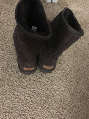 Ugg boots size 9 women for Sale in Cleveland, OH