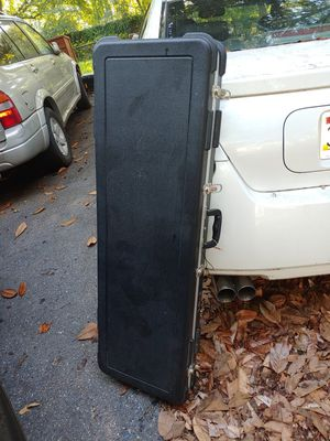 Bass and guitar case for Sale in College Park, MD