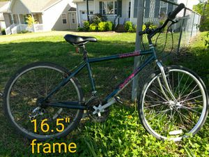"16.5"" specialized Rockhopper commuter bike for Sale in Nashville, TN"