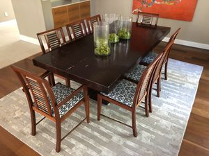 Table for Sale including chairs! Great deal! for Sale in Miami, FL