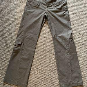 Women's Athleta Hiking/Casual Pants for Sale in Scottsdale, AZ