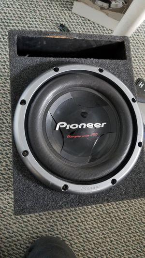 """Pioneer champions """"12 amplificador hifonics de 2000 whatts for Sale in Manassas, VA"""