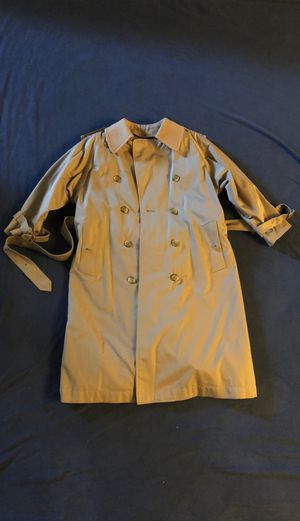Women's Burberry Trench Coat for Sale in Pittsburg, CA