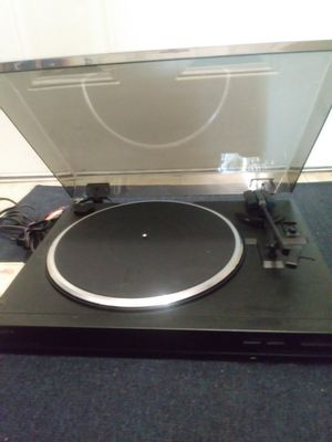 🌟 Sony Turntable Record Player with Plugs & Free Records🌟MAKE AN OFFER🌟 for Sale in Miami, FL