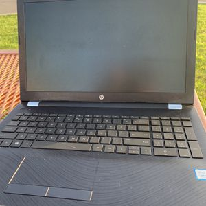 """Hp 15"""" Laptop Excellent Working Condition $300 for Sale in Palm Beach, FL"""