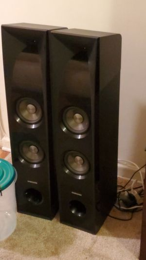 Stereo system , samsung , black ( like new ) for Sale in Queens, NY