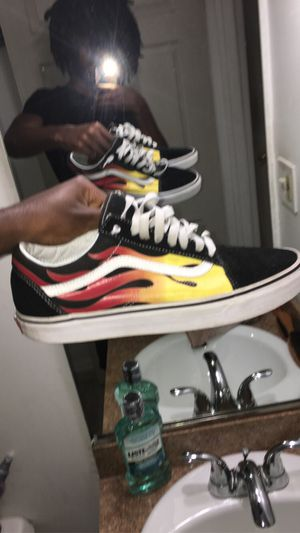 Vans Old Skool Flame Size:9.5 for Sale in West Palm Beach, FL