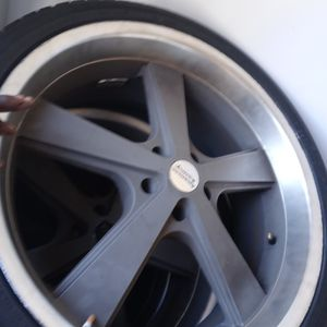 AMERICAN MUSCLE 22 INCH RIMS WITH TIRES!! for Sale in Virginia Beach, VA