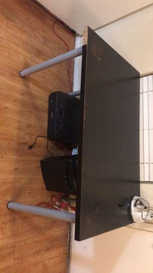 Desktop table for Sale in Austin, TX