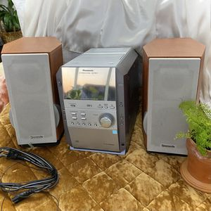 Panasonic CD Stereo System for Sale in Fuquay-Varina, NC