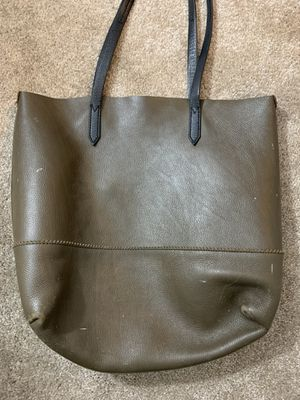 J CREW olive green large bag. Slightly worn. for Sale in Arlington, VA
