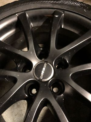Borbet LV5 gloss Black Wheel 17 in diameter with Continental tires. 4 piece for Sale in Brook Park, OH