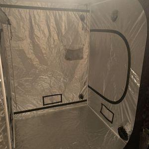 5x5 grow tent for Sale in Oklahoma City, OK