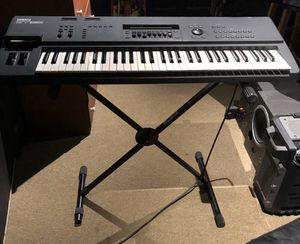 Yamaha electric keyboard with synthesizer and software for Sale in Miami, FL