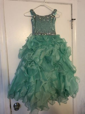 Party dress for girls size 4.5 for Sale in Fairfax, VA
