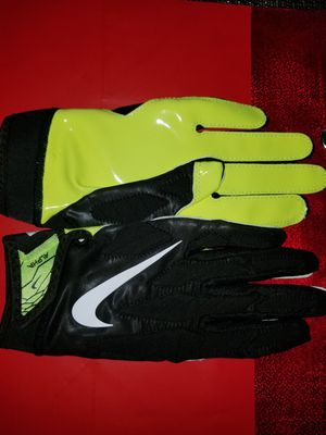 Brand New Nike Vapor Jet 5.0 Black Volt Football Gloves Youth Large for Sale in West Covina, CA