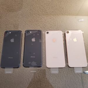 iPhone 8 64GB GSM Unlocked for Sale in Jurupa Valley, CA