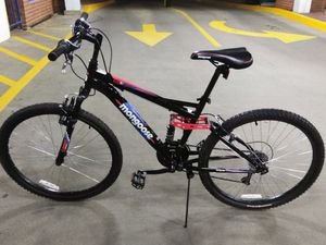 """MONGOOSE MEN'S STANDOFF 18"""" MOUNTAIN BIKE for Sale in Silver Spring, MD"""