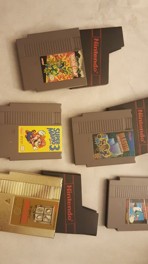 ANTIQUE ORIGINAL FIRST NINTENDO GAME CARTRIDGES for Sale in Charlotte, NC