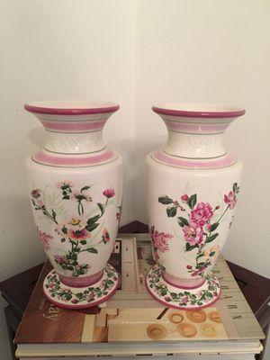 2 Laura Ashley Floral Vases for Sale in St. Petersburg, FL