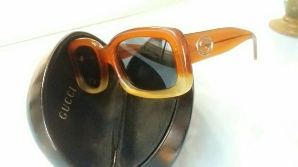 167301e160cf7 Authentic Gucci Vintage square frame sunglasses  2407 S for Sale in ...