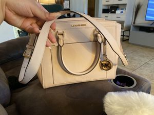 Michael Kors $120 for Sale in Reedley, CA