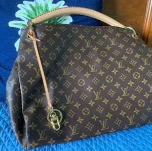 Louis Vuitton Artsy MM Handbag for Sale in Houston, TX
